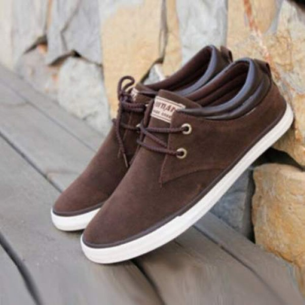 Baskets bateau Homme Sneakers casual shoes canvas toile chic Marron